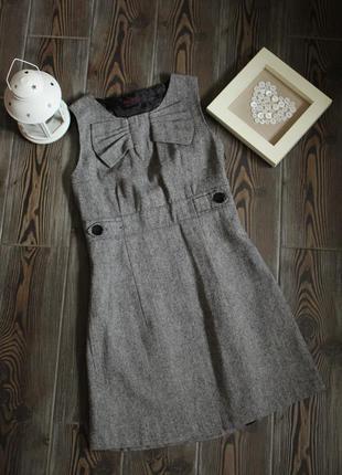 Классическое платье miss selfridge с карманами и вырезом