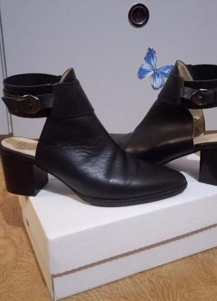 Коженые туфли с открытой пяткой,  босоножки с закрытым передом zara,  размер 38