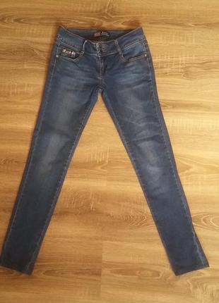 Новi джинси бедровки