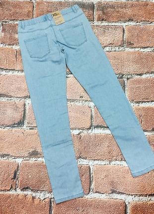 Светлые джинсы на девочку рост 152/1582