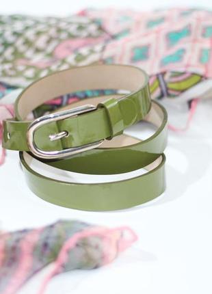 Шикарный кожаный ремень оливкого цвета