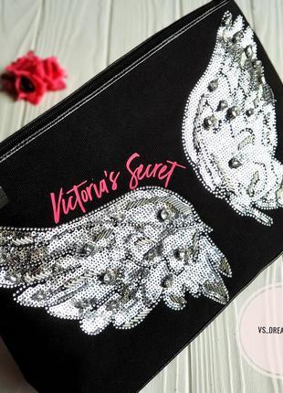 Красивая косметичка victoria's secret из коллекции fashion show