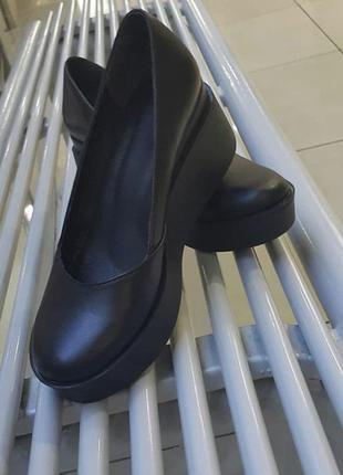Чёрные туфли натуральная кожа