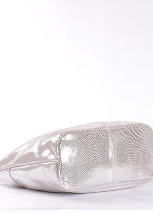 Шикарная кожаная сумка-лазерка, светлое серебро5 фото