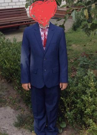 Классический синий костюм4