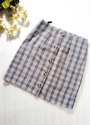 Короткая базовая спідниця юбка а-силуэта на пуговичках от primark atmosphere размер s