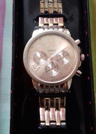 Новые мужские золотые бомбезные железные фирменные наручные часы в коробке на подарок