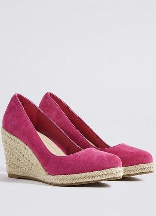 Замшевые стильные туфли эспадрильи