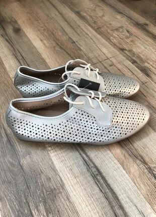 Легкие летние спортивные туфельки кроссовки