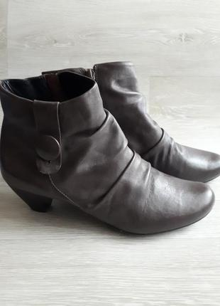Кожаные ботинки clarks