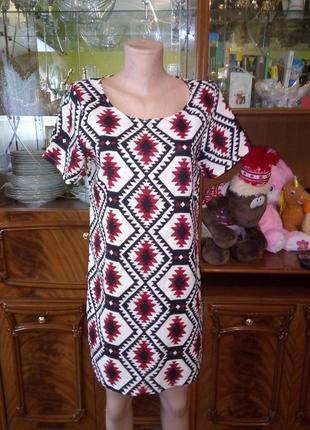 Платье туника в орнамент легкое