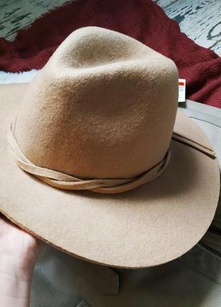 Новая шляпка 100% шерсть