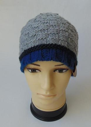 Вязаная шапка с фактурным узором от takko fashion accessories.