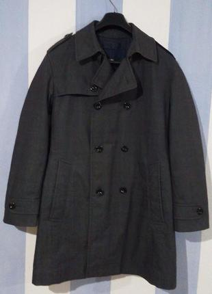 Бомбезне брендове пальто плащ hugo boss