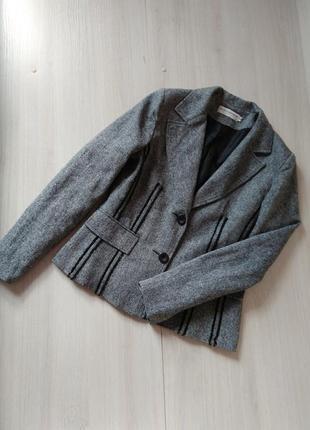 Стильный серый пиджак жакет simon jeffrey
