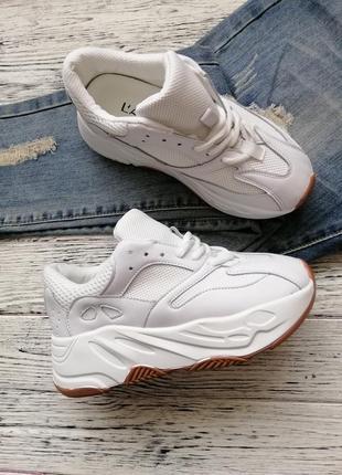 Стильные актуальные кроссовки кроссы кросы на высокой подошве