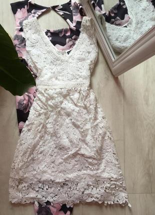 Кружевное платье select
