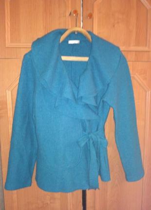 Жакет,куртка из 100% шерсти