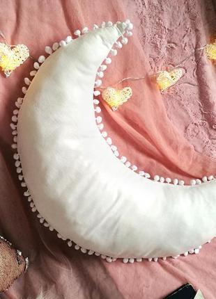 Подушка луна в стиле бохо3