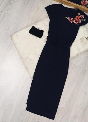 Плаття темно синього кольору з вишивкою♥️♥️♥️