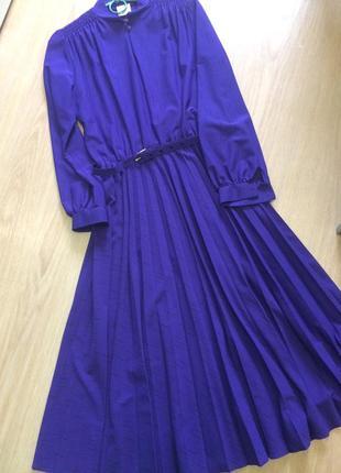 Винтажное платье плиссе р.38