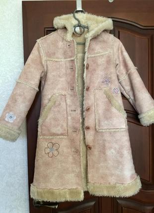 Легкая тёплая дубленка с вышивкой/ шуба/ пальто
