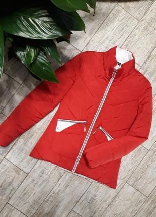 Червона куртка весна/осінь