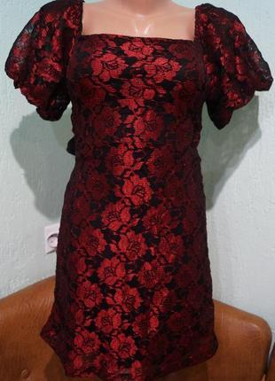 Кружевное платье р.36