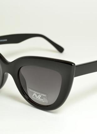 Солнцезащитные очки avl 171
