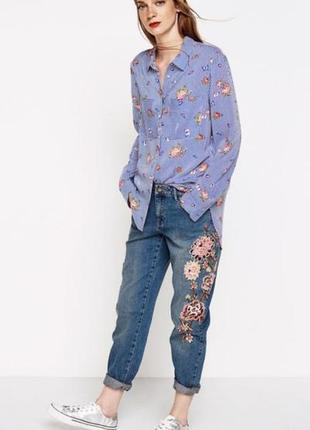 Springfield джинсы бойфренды с вышивкой мом mom boyfriend jeans