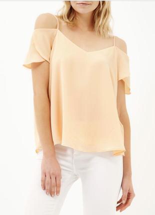 e7f473ba963 Новая с биркой красивая блуза  топ  майка river island с открытыми плечами
