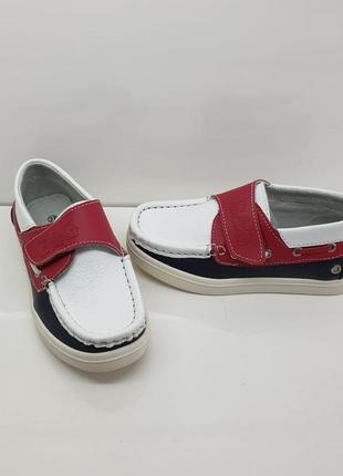 Новые кожаные туфли,мокасины на мальчика р. 30 (стелька 20)