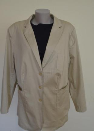 Шикарная легкая курточка-жакет блейзер из котона,большого размера,песочного цвета