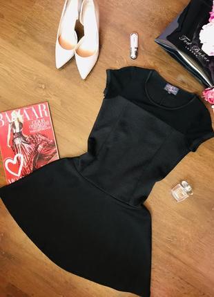 Стильное черное платье с расклешенной юбкой little miss captain
