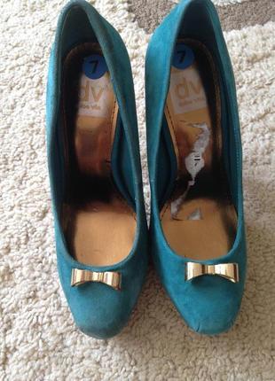 Замшевые туфли от dv