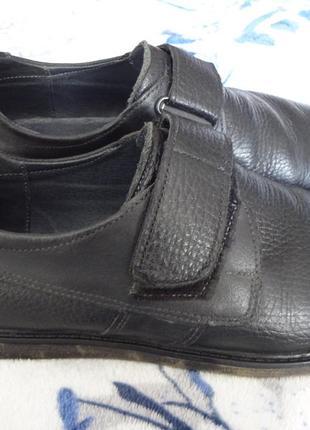 Срочно шикарные туфли мокасины levons  р.39