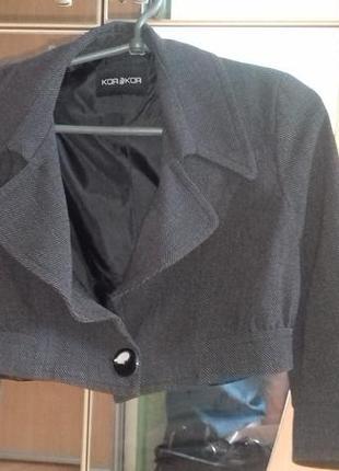 Итальянский пиджак-болеро.