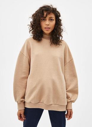 Бежевая толстовка свитер свитшот худи футболка с длинным рукавом bershka