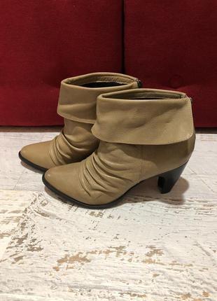 Натуральные кожаные ботинки san marina 37рр