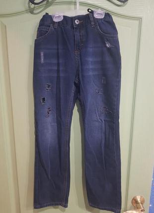 Отличные джинсы для мальчика.