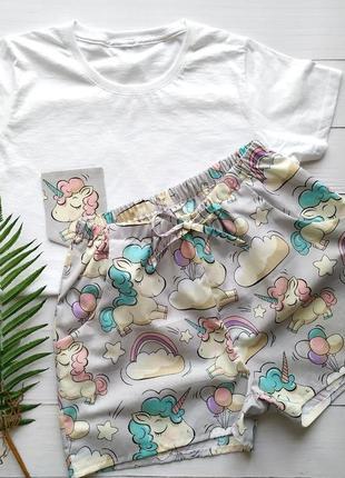 Пижама женская шорты и футболка в единороги
