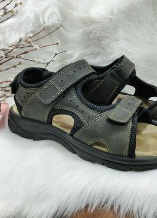 Сандали кожаные на липучках ( 42.5 размер )
