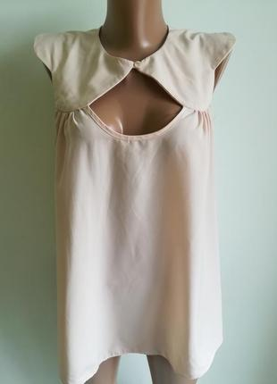 Нежная блузка пудрового цвета