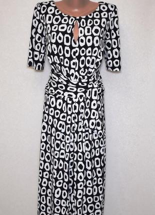 Платье миди с вырезом капелька на груди, размер с