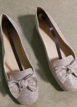 Красивые,легкие балетки,туфли от next