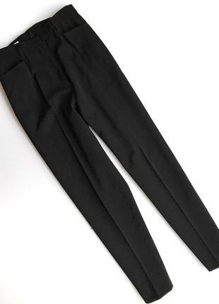Черные брюки jil sander на высокой посадке дудочки
