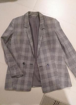 Удлиненный шерстяной клетчатый пиджак в клетку