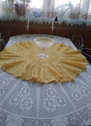 Вязанная скатерть круглая