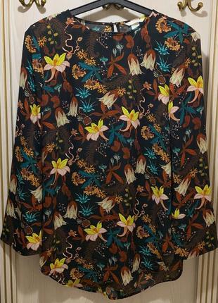 Красивая блуза в цветы от h&m размер 12/л