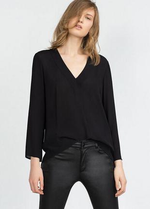 Черная блуза рубашка с v вырезом zara